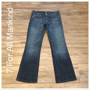 7FAM size 26 embellished bootcut Jeans